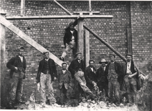 A gang of navvies, most likely bricklayers, pose for the camera near Twyford, circa 1897. They were in the employment of Walter Scott & Co. who built this section of the London Extension between Brackley and Quainton Road.