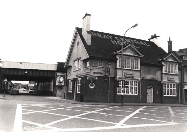 Leicester's Great Central Hotel was built by the railway company on the corner of Soar Lane and Northgate Street and had large painted letters on the roof advertising the 'GREAT CENTRAL HOTEL'. In this March 1977 view, the letters are still very prominent. The station itself was away to the left of the photograph.