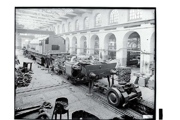 Undoubtedly the most famous products that Beyer Peacock turned out were the Garratt type articulated locomotives. These machines were very popular in Africa and the Far East, although there were a few built for service here in Britain.