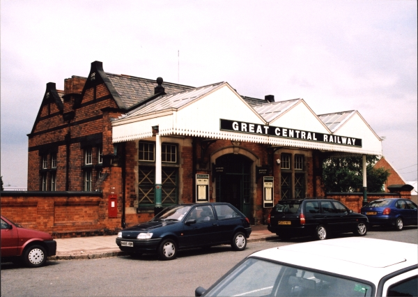 Loughborough Central station was of a similar size and style to those built at Rugby and Brackley, further south on the London Extension. Today Loughborough is the only complete survivor and is the headquarters for the Great Central Railway (1976) and the Main Line Steam Trust.